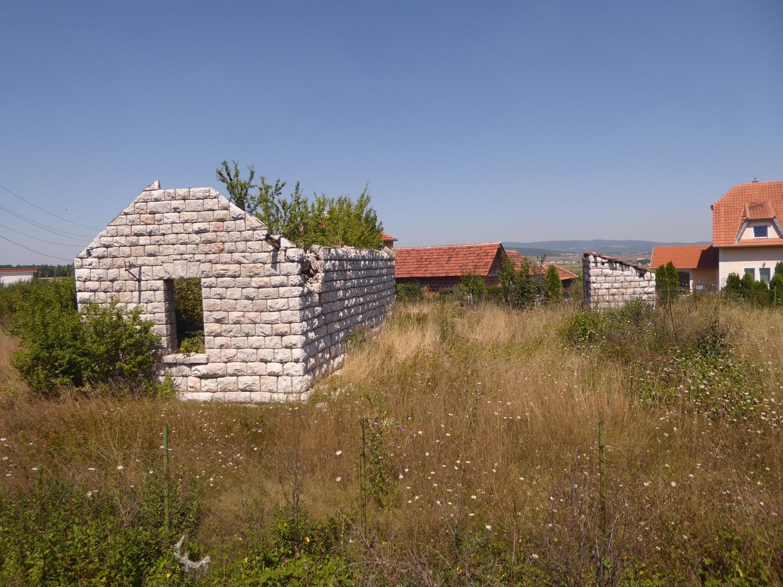 http://aurbacher.net/Balkan/P1080716.JPG
