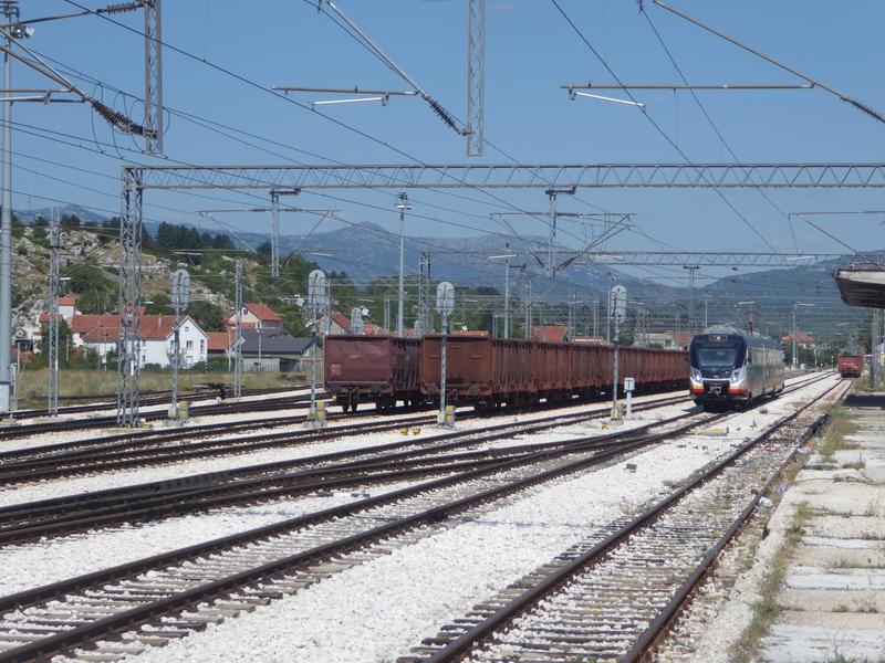 http://aurbacher.net/Balkan/P1080973.JPG